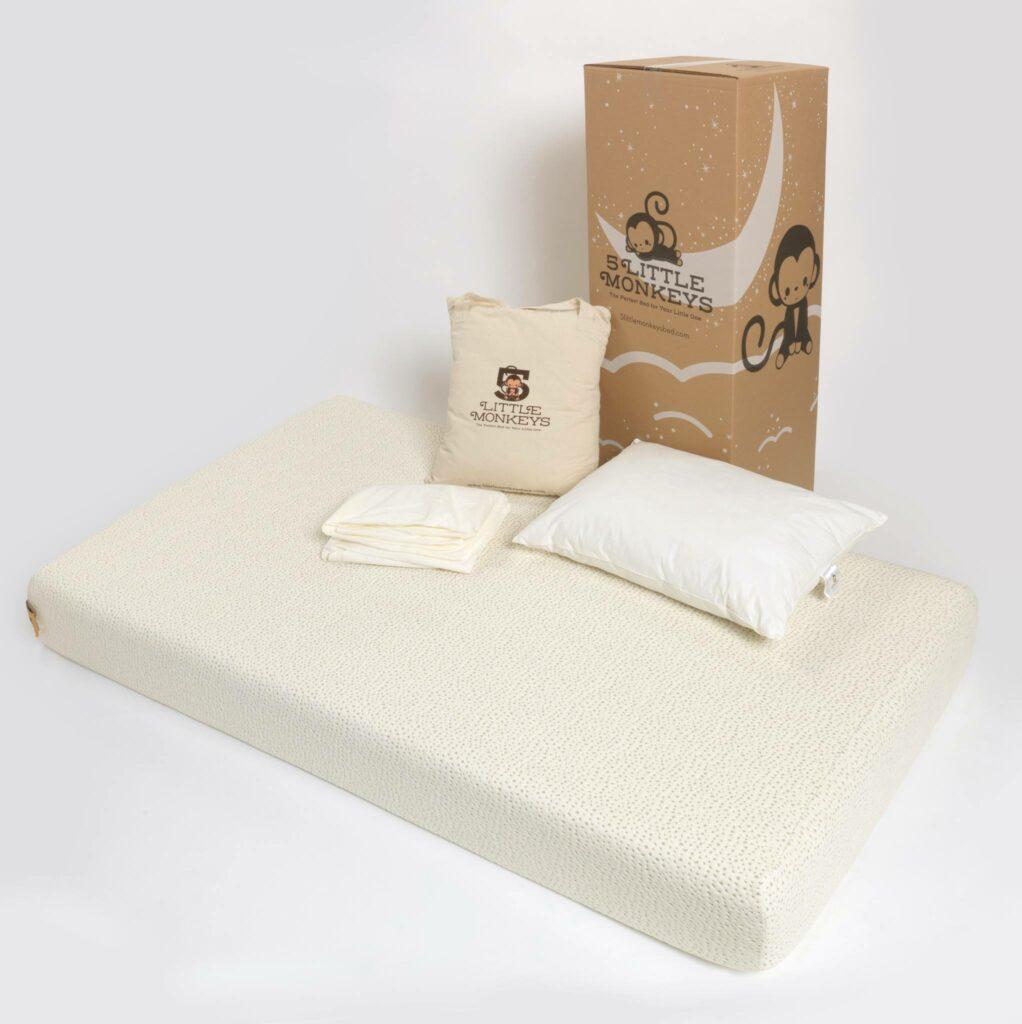 5 Little Monkeys bed now in queen size